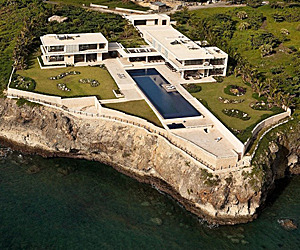 Aerial-view-of-modern-villa-design-in-the-caribbean-m