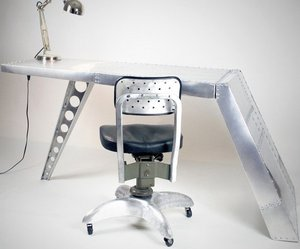 Airfoil-aluminum-desk-by-ramonametal-m