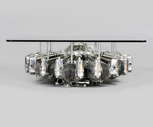 Airplane-engine-table-m