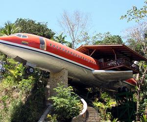 Airplane-hotel-m