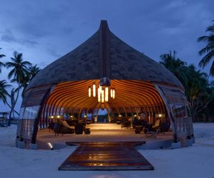 Alila-villas-hadahaa-by-scda-architects-m