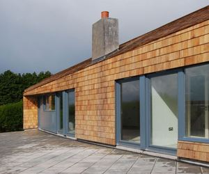 """All-Weather House"" in Ireland by ROEWUarchitecture"