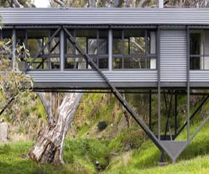 Amazing-bridge-house-m