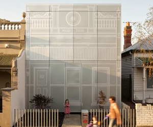 Amazing-perforated-house-in-australia-m