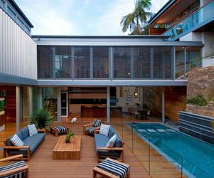 Amazing-renovation-by-bruce-stafford-architects-m