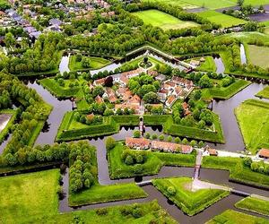 Amazing-star-shaped-fort-in-the-netherlands-m