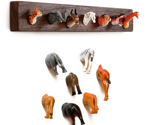 Animal-heads-and-butts-become-home-decor-m