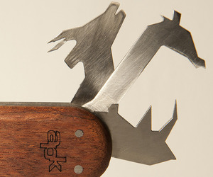 Animal-pocket-knife-by-david-suhami-2-m