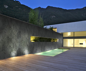 Anthracite-rustic-concrete-panel-by-total-panel-system-m
