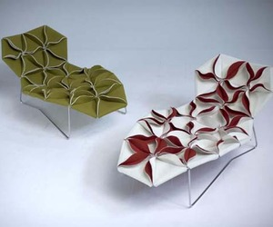 Antibodi-chaise-lounge-by-patricia-urquiola-m