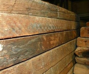 Antique-rough-sawn-lumber-m