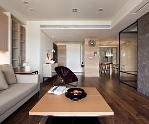 Apartment-with-a-retractable-interior-wall-m
