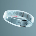 Apple-now-carrying-nike-fuelband-s