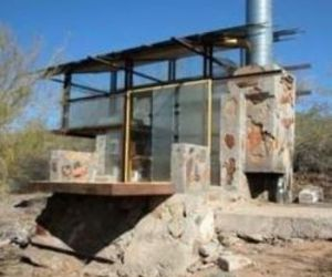 Aprentice-built-shelters-at-taliesin-west-1291-m