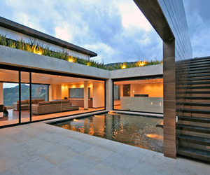 AR House by Campuzano Architects