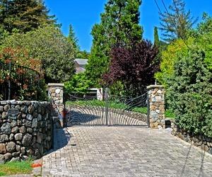 Art-nouveau-driveway-entrance-gate-m