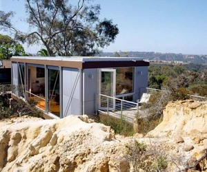 Artist-studio-with-inspiring-scenic-views-m