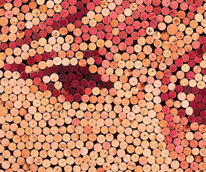Artwork-made-from-thousands-of-wine-corks-m
