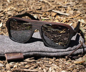 Ashland-east-indian-rosewood-sunglasses-by-shwood-m
