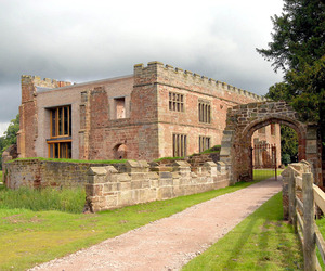 Astley-castle-renovation-by-wwm-architects-m