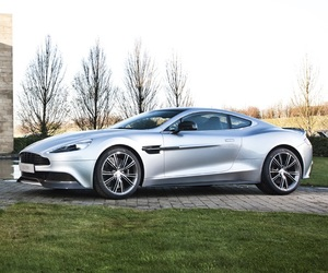 Aston Martin Vanquish Centenary Edition