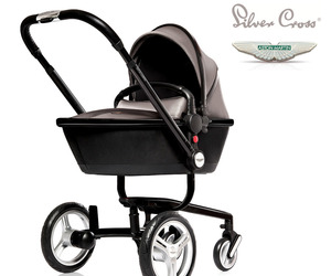 Aston-martin-x-silver-cross-limited-edition-surf-pram-m