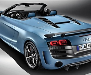 Audi-debuts-the-560-hp-r8-gt-spyder-m