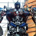 Autobots-leader-optimus-prime-stands-11metres-s
