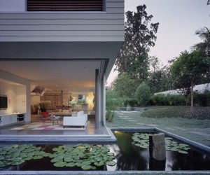 Automated-sliding-doors-from-doors-in-motion-m