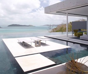 Azuris Residence on Hamilton Island by D'Ettorre Architects