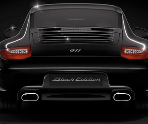 Back-in-black-the-2011-porsche-911-black-edition-m