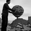 Balanced-rock-sculptures-held-up-by-gravity-alone-s