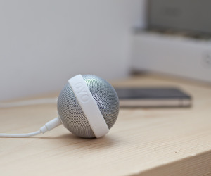 Ballo-speaker-by-bernhard-burkard-for-oyo-m