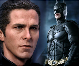 Batman-hyper-realistic-collectible-figure-m