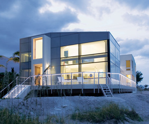 Beach-road-2-house-by-hughes-umbanhowar-architects-m