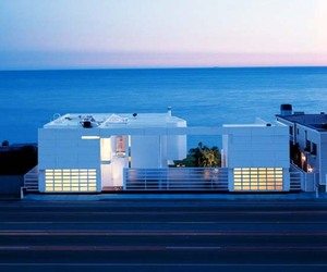 Beachfront-house-by-richard-meier-m
