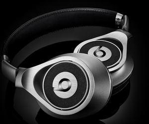 Beats-executive-headphones-m