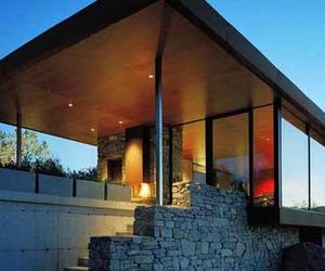 Beautiful-and-minimalist-villa-by-wrb-m
