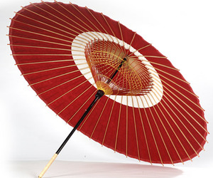Beautiful-japanese-paper-umbrellas-m