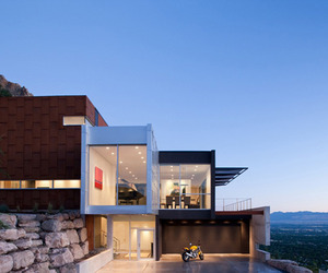 Beautiful-modern-home-with-fabulous-views-m