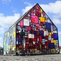 Beautiful-pavilion-by-tom-fruin-s