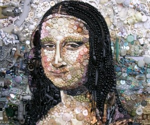 Beautiful-portraits-made-entirely-from-recycled-materials-m