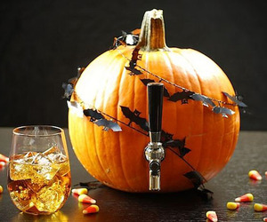 Beer-keg-made-from-a-pumpkin-m