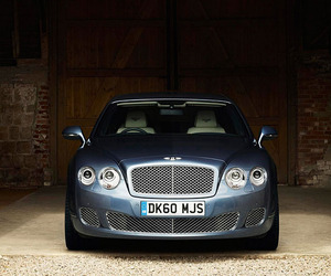 Bentleys-2012-flying-spur-series-51-2-m