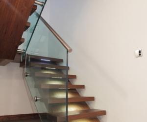 Bespoke-walnut-staircase-m