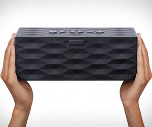 Big-jambox-by-jawbone-m