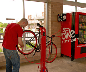 Bike-fixation-diy-bike-repair-station-m