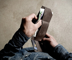 Bill-folder-wallet-by-hard-graft-m
