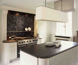 Black-and-white-kitchen-m