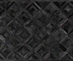 Black-cowhide-patchwork-rug-in-diamonds-design-m